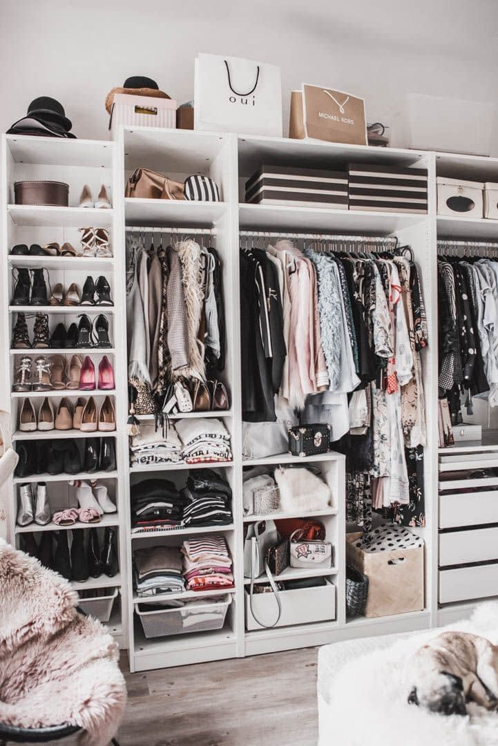 accessori armadio organizzato